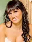 Photo of beautiful  woman Julia with black hair and green eyes - 20956