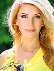 Photo of beautiful  woman Nadezhda with light-brown hair and brown eyes - 12238
